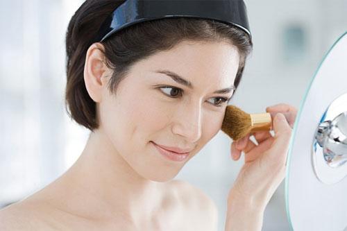 Cách đánh như thế nào ảnh hưởng phần nhiều vào độ bóng nhờn trên da mặt bạn