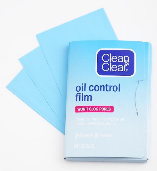 Giấy thấm dầu có thể được dùng để xác định loại da