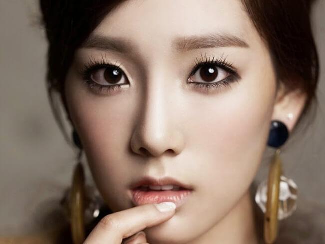 Phấn mắt trang điểm Hàn Quốc giúp trang điểm đôi mắt đẹp tự nhiên