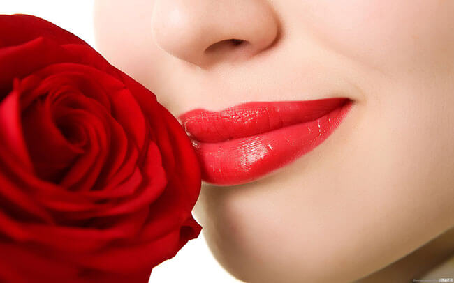 Son môi giúp bạn gái thêm phần tự tin rạng rỡ