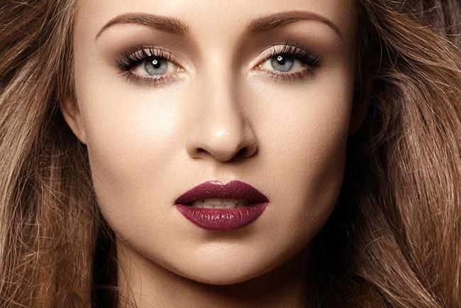 Hướng dẫn cách chọn son môi cho người da ngăm đơn giản hiệu quả