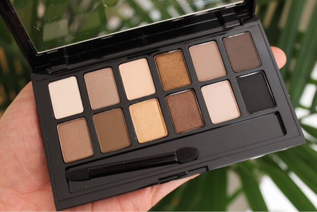 Phấn mắt 12 màu Maybelline The Nudes Palette