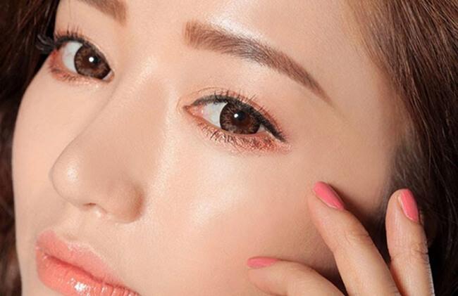 Phong cách make-up đôi mắt tự nhiên, nhẹ nhàng có phải là phong cách yêu thích của bạn!
