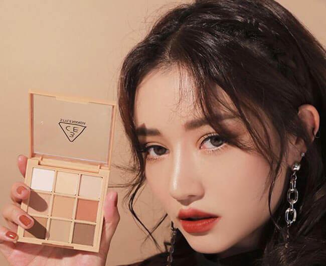 Phấn mắt trang điểm từ thương hiệu 3CE của Hàn Quốc