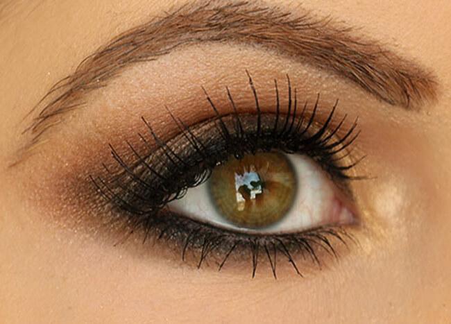 Trang điểm mắt khói nâu cho đôi mắt tuyệt vời giúp bạn gái nổi bật và cuốn hút