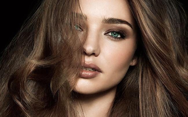 Chọn màu phấn mắt hợp với làn da và màu tóc để bạn nổi bật và hài hòa nhất nhé
