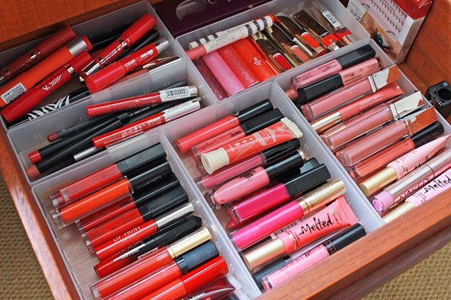 Bí quyết chọn son môi 3– Chọn mua son môi phù hợp với túi tiền