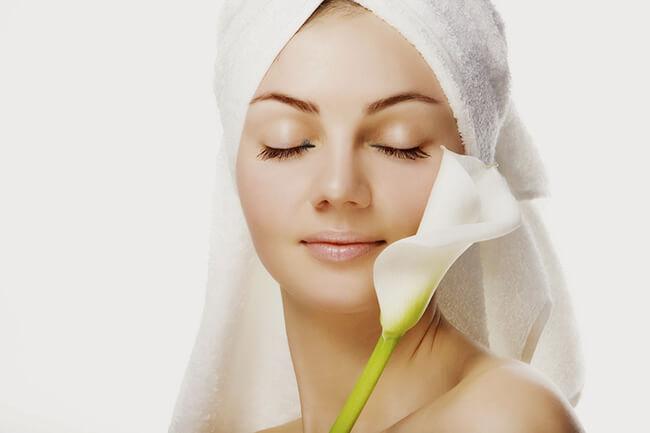Tẩy trang rất quan trọng để giúp da luôn khỏe đẹp