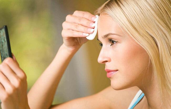 Nước tẩy trang an toàn nhẹ dịu cho da của bạn