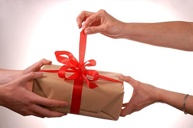 Tặng quà bạn gái nhân dịp Noel