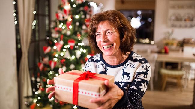 Quà Giáng sinh tặng bố mẹ siêu ý nghĩa