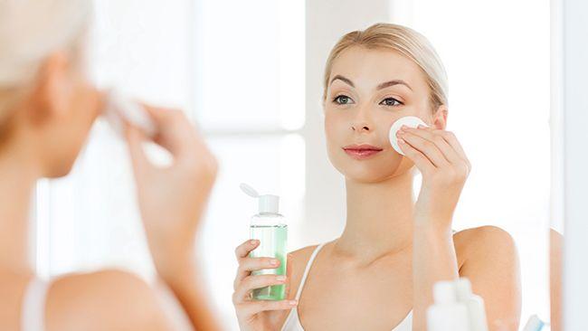 Sử dụng toner thay cho sữa rửa mặt