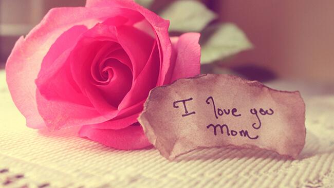 Hãy mượn những cánh thiệp gửi đến mẹ ngàn lời yêu thương nhé!