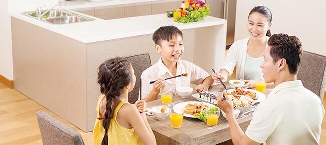 Một bữa cơm gia đình giúp tình cảm gia đình thêm gắn kết