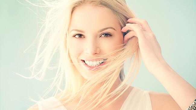 Sử dụng serum giúp nuôi dưỡng da sâu từ bên trong